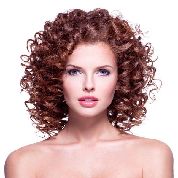 стрижки для овального лица на короткие волосы